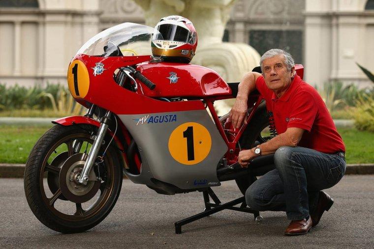 Mr Giacomo Agostini heureux anniversaire....76 printemps....