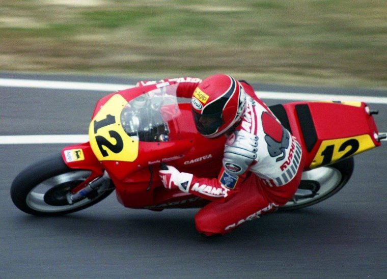 Randy Mamola . GP du Japon 1989 . Cajiva C589  500 cm3....