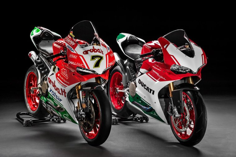 Ducati 1199 Panigale R WSBK  VS  Ducati 1299 Panigale R Final-Edition.....
