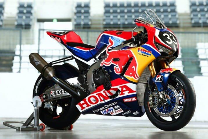 la Honda CBR1000RR-SP2 officielle engagée par le HRC RedBull qui sera pilotée par Léon Camier (pilote WorldSBK) Takumi Takahashi (pilote JSB) et Takaaki Nakagami (pilote MotoGP)...