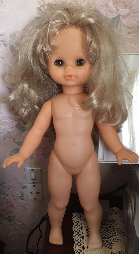 Une poupée énigme !!!
