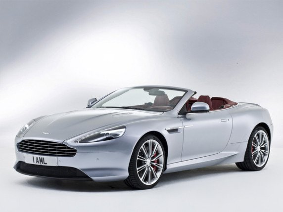 UN P'TIT TOUR AU SALON 2012 / ASTON MARTIN DB9