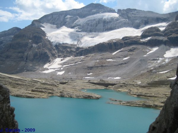 RANDONNEES PYRENEENNES - des lacs - des pics