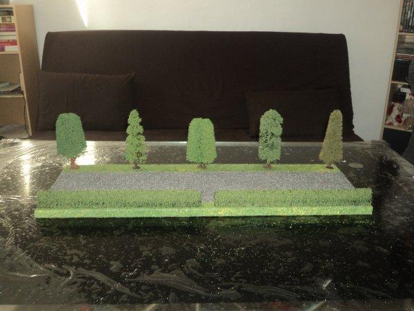 Réalisation d'un présentoir pour miniatures agricoles (suite)