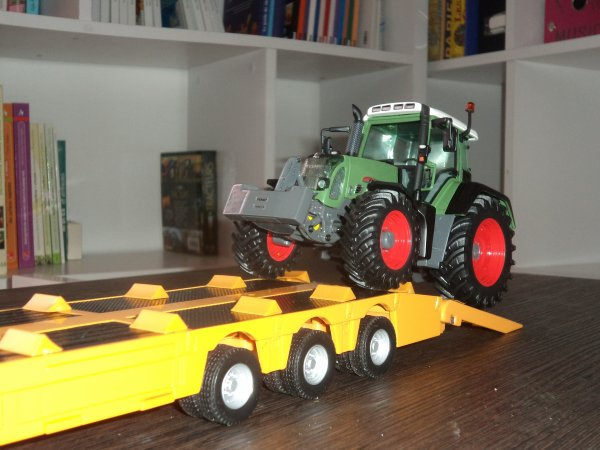 Tracteur Fendt 820 TMS et Massey Ferguson 8690 suite