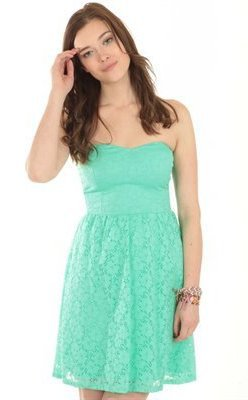 Une couleur pour cet été : le vert aqua!