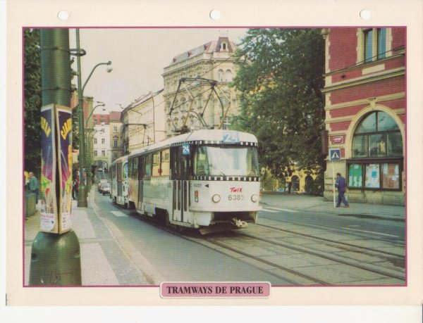 TRAMWAYS DE PRAGUE