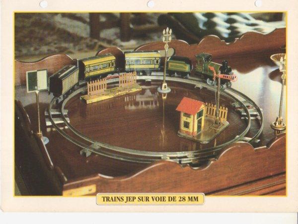 TRAINS JEP SUR VOIE DE 28 MM