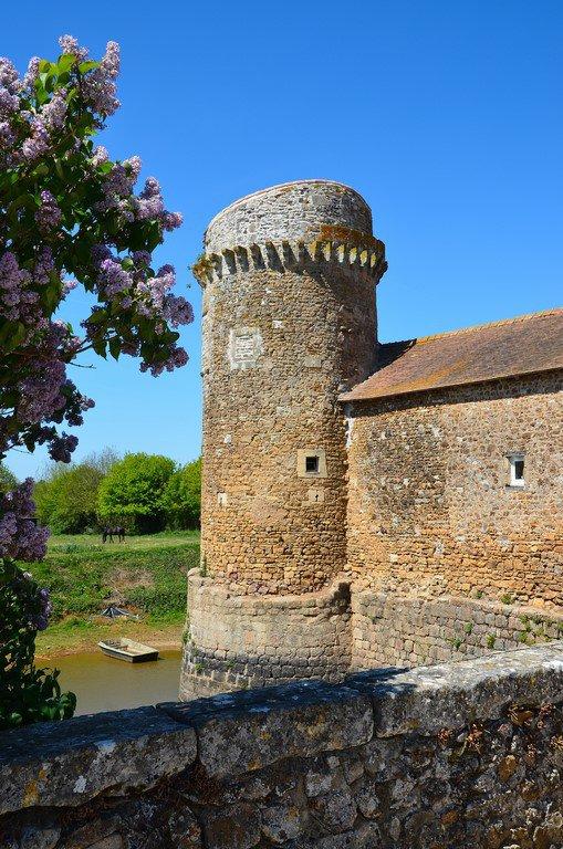Le Château de Marconnay (Sanxay 86)