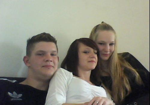 mon frere et ma cousine et moi