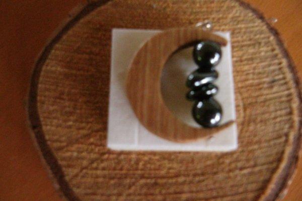 Demi -lune en bois avec pierre d'hématite 15,50¤ frais de port compris