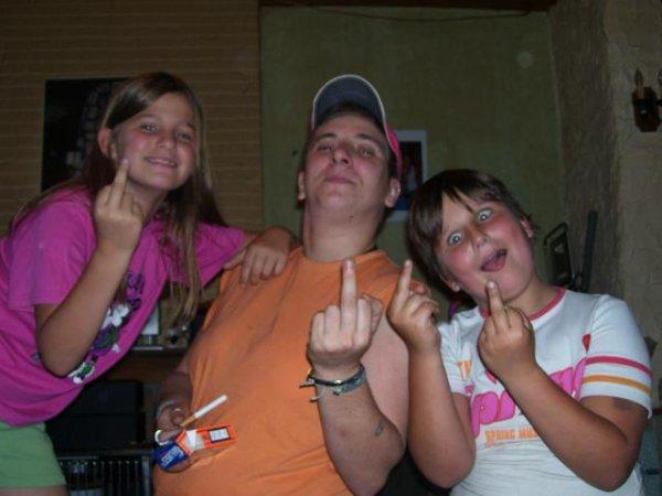 2008...  muriel moi  justine celle grimass lol