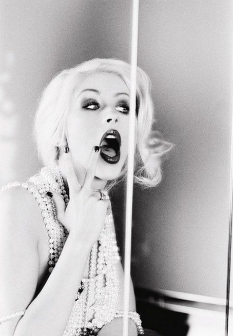 # Christina Aguilera, Courtney Love, Heidi Klum, Johnny Depp, Marilyn Monroe, Megan Fox.