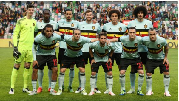 Marc Wilmots devra emmener huit défenseurs à l'Euro