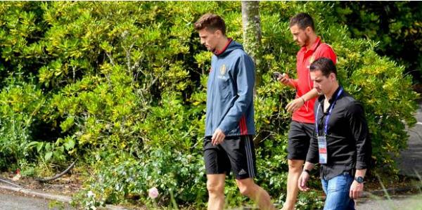 Eden Hazard et les 22 autres Diables à l'entraînement samedi  à huis-clos