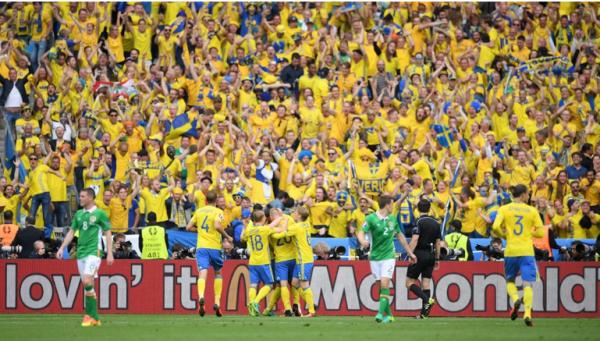 Irlandais et Suédois se neutralisent au terme d'un match animé