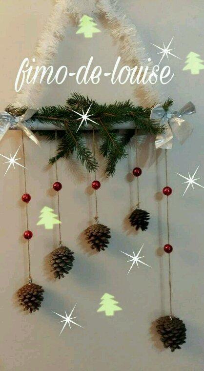 Décors Noël suspendu  pommes de pin Noël