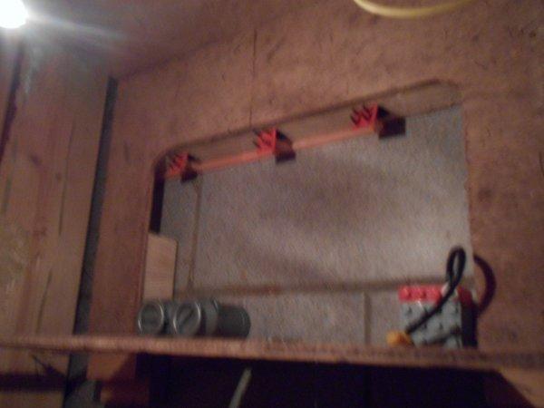 De nouveau de l'electricité dans ma stabul !!!! + electricite salle de traite ( dsllesimages ne sont pas tres belles