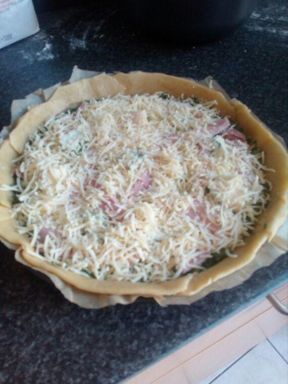 Quiche maison jambon fromage épinards et gorgonzola