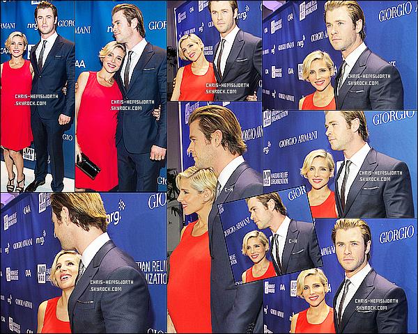 11/01/2014 : Chris  et sa femme Elsa Pataky étaient au   « Sean Penn & Friends Aide Haïti » à  Beverly Hills       C'est le premier tapis rouge de l'année pour le couple Chris et Elsa, Chris est très classe et Elsa est radieuse, la grossesse lui va très bien