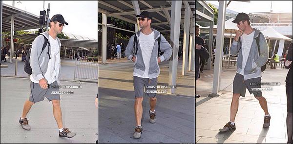 . 10/03/2015 : Chris Hemsworth  a été vu  de retour à la maison chez lui à   Sydney en Australie .
