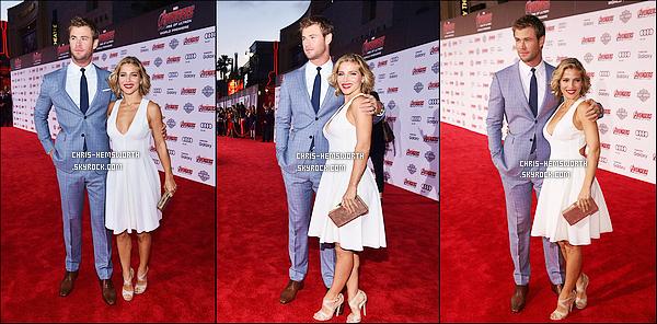. 13/04/2015 : Chris   était  avec sa femme Elsa Pataky à la première de  Avengers l'ère d'Ultron à Hollywood  Chris Hemsworth était très élégant , et sa femme Elsa est superbe dans sa robe blanche, ça fait plaisir de voir le couple aussi unis.