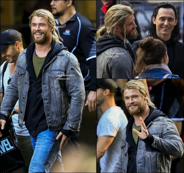 23/08/2016: Chris H.et Tom Hiddleston étaient sur le tournage de Thor : Ragnarok à Brisbane (Australie) 2ème jour de tournage pour les deux meilleurs amis qui sont très souriants. Tom a partagé des photos de lui et Chris sur son instagram
