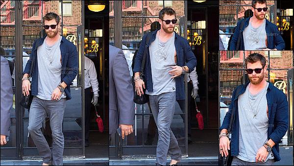 12.07.2017 : Mister Chris Hemsworth était de nouveau de sortie, cette fois-ci il a été vu à New York