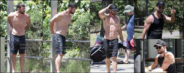 13.10.2017 : Chris nous fait le plaisir de pouvoir admirer son beau corps musclé sur une plage en Australie