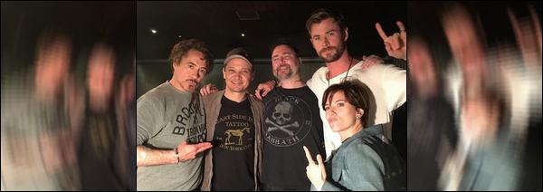 """26 Mai 2018 : Chris Hemsworth était avec Sebastian Stan  à l'événement de la marque """"Boss"""" à Singapour"""