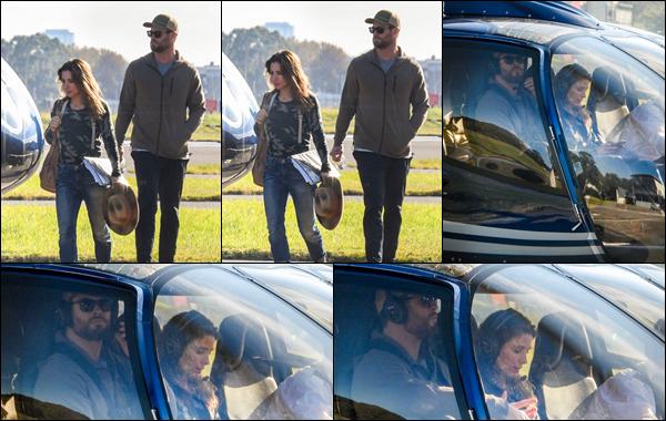 ● 25/04/2021  : Chris Hemsworth était avec sa femme Elsa à l'héliport de Sydney qui est situé en Australie  Petite balade romantique pour Chris, ainsi que son épouse Elsa ils sont vraiment trop mignons tous les deux un top !