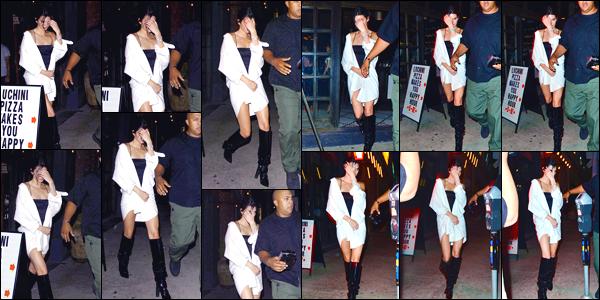 - '-08/08/17-' ◘Kendall Jenner a été photographiée lorsqu'elle quittait l'Avenue Nightclub, à West Hollywood. C'est dans un look black and white que nous retrouvons notre starlette. Pour ma part je lui accorde un joli top, l'ensemble est superbe ! -