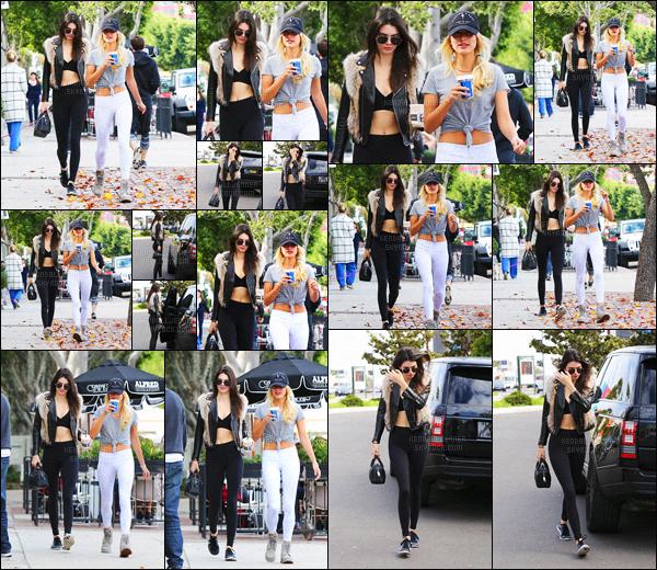 - 13/01/16 - Kendall Jenner a été photographiée en compagnie de son amie Hailey Baldwin dans Beverly HillsLes deux mannequins ne semble plus se lâcher d'une semelle depuis leur retour en Californie ! Ça fait plaisir de voir les amies toujours aussi proche !-