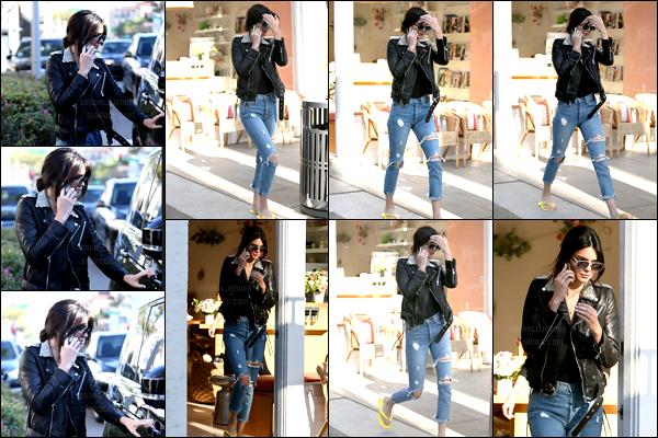 - 01/11/16 - Kendall  a été vue après une petite séance de manucure dans un salon situé à Beverly Hills, (CA). Le mannequin international parvient tout de même à trouver du temps à se consacrer malgré ses nombreux rendez-vous et son agenda ultra chargé !-