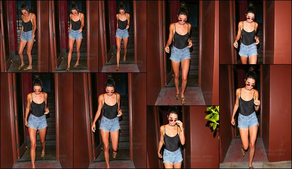 - 17/08/16:Kendall Jenner a été photographiée alors qu'elle se rendait pour dîner avec ASAP Rocky, L.A. C'est donc dans la soirée que nous retrouvons notre belle Kendall pour ce petit dîner. Un énorme top pour sa tenue qui lui va à ravir ! -