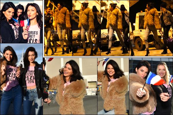 """- 27/11/16 : Kendall J. a été vue alors qu'elle arrivait sur le sol Français à l'aéroport « Charles de Gaulle ». Avant le départ pour la France, Kendall a été photographiée ainsi que d'autres mannequins dont Bella, pour célébrer ce """"petit"""" voyage! -"""