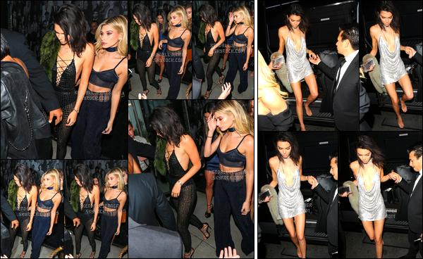 - 02/11/16 : Kendall Jenner a été photographiée alors qu'elle se promenait dans les rues de Beverly Hills. Le soir, elle a été vue arrivant au « Coatch LA » pour sa soirée d'anniversaire, puis quittant le restaurant « Delilah », West Hollywood ! -