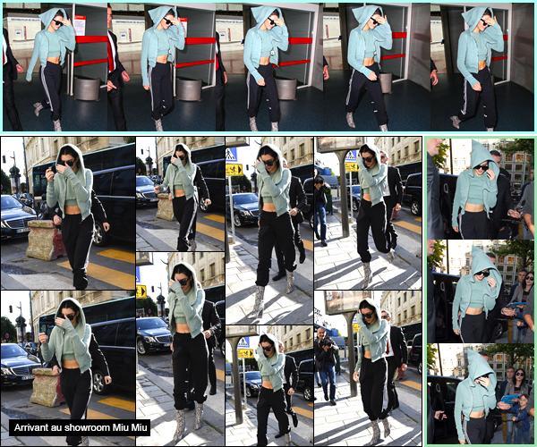 - '-01/07/17-' ◘Kendall Jenner a été photographiée quittant l'aéroport : «Charles de Gaulle» situé dans Paris. C'est sur le sol Français que nous retrouvons Kendall qui plus tard a été vue arrivant à l'hôtel «Four Seasons Hotel George V», à Paris ! -,