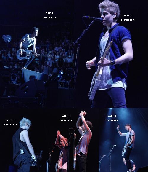 Première partie du TMH Tour (one direction) a Toronto, Canada, le 10 juillet 2013