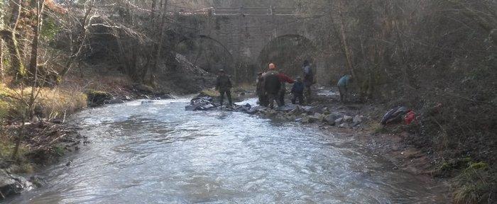 Samedi 13 Février 2016 – Brévenne renfort d'épis et création de caches