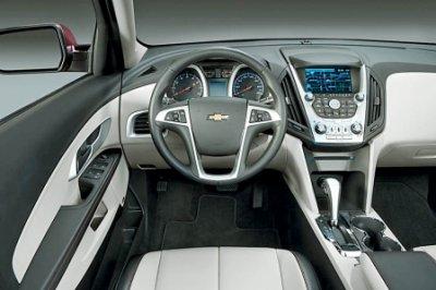 Intérieure Chevrolet Aveo VS Chevrolet Equinox!
