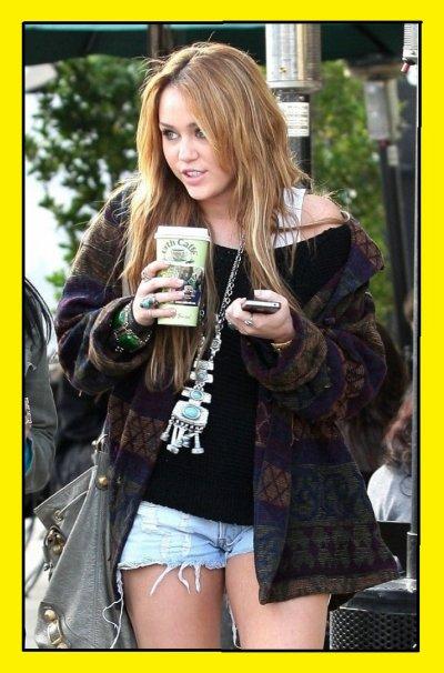 Miley Cyrus : look