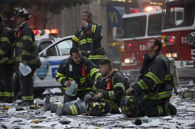 Hommage au 'Fire Heroes' New Yorkais ...