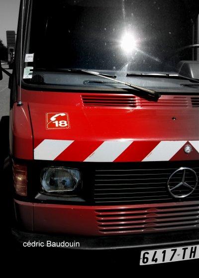 Ancien VSR Mercedes 407 D