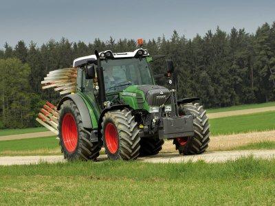 voici mon tracteur fendt 211vario