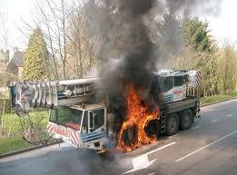 voici des images des camions de chez havart la suite