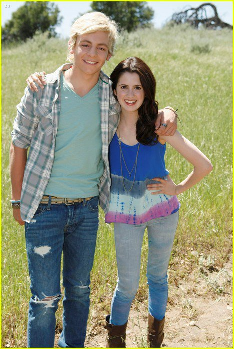 Ross Lynch + Laura Marano en shooting pour Friends for change