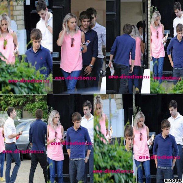 07/07/12 : Liam a lui aussi visité des maisons sous les précieux conseils de Lou à Primrose Hill (Londres)