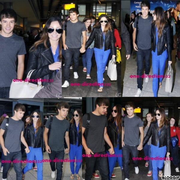 le 16/07/2012 liam et danielle l airport a Heathrow pour aller a italy