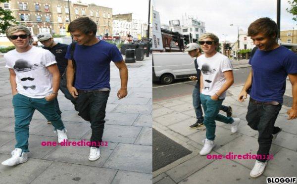 le 19/07/2012 zayn niall et liam sont était appercu pour arriver au studio a london